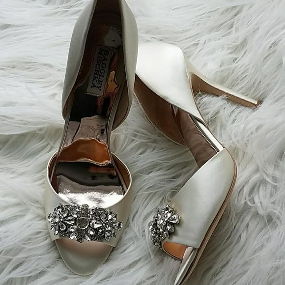 f04618d9661 Badgley Mischka Satin bling Wedding heel